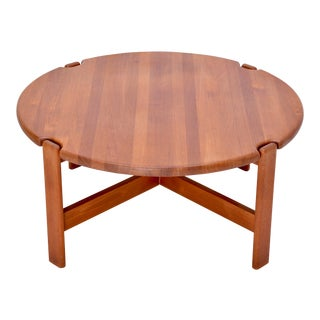 Scandinavian Round Coffee Table in Solid Teak, 1970s For Sale