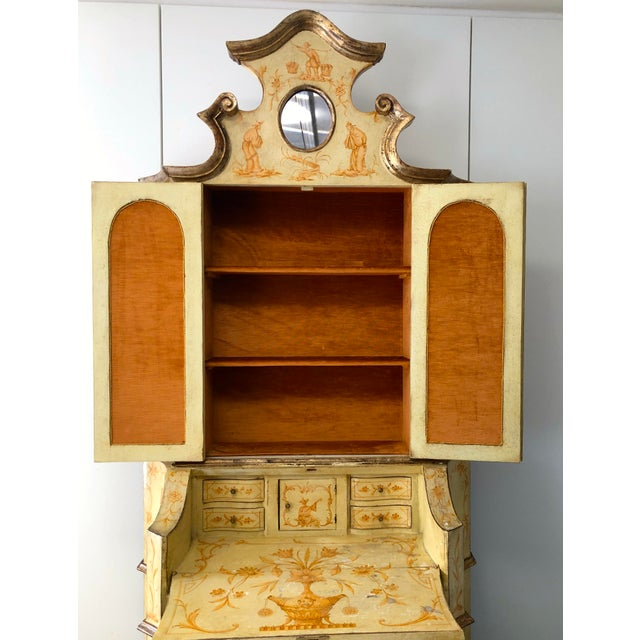 19th C. Italian Hand Painted Secretary Bookcase With Chinoiserie Decor For Sale In San Francisco - Image 6 of 11