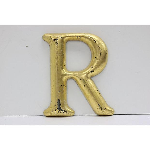"""English Vintage Gilded English Pub Sign Letter """" R """" For Sale - Image 3 of 3"""