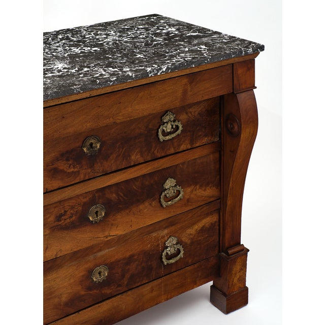 Early 19th Century French Restauration Period Walnut Chest of Drawers For Sale - Image 5 of 10