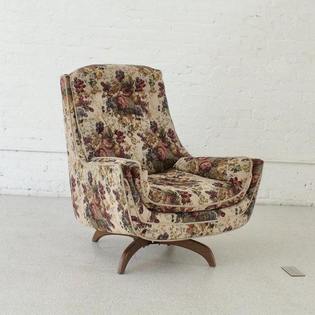 Textile 1970s Vintage Original Flower Chair For Sale - Image 7 of 7