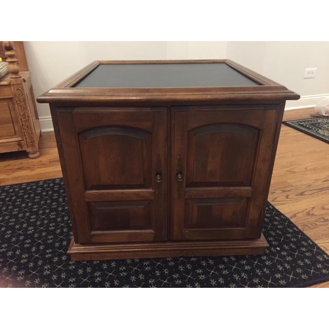 Ethan Allen Mid-Century Traditional Slate Top Pecan End Table For Sale - Image 9 of 9