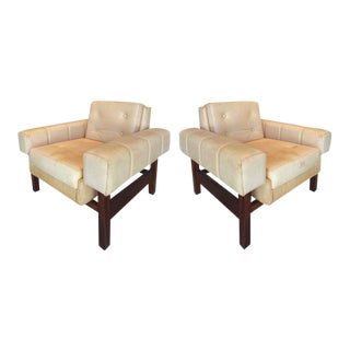 "1960s Sergio Rodrigues ""Navona"" Club Chairs in Jacaranda and Leather - A Pair For Sale"