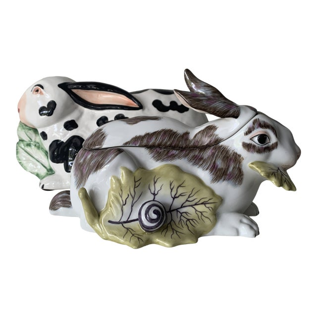 Mid 20th Century Chelsea House Porcelain Rabbit For Sale