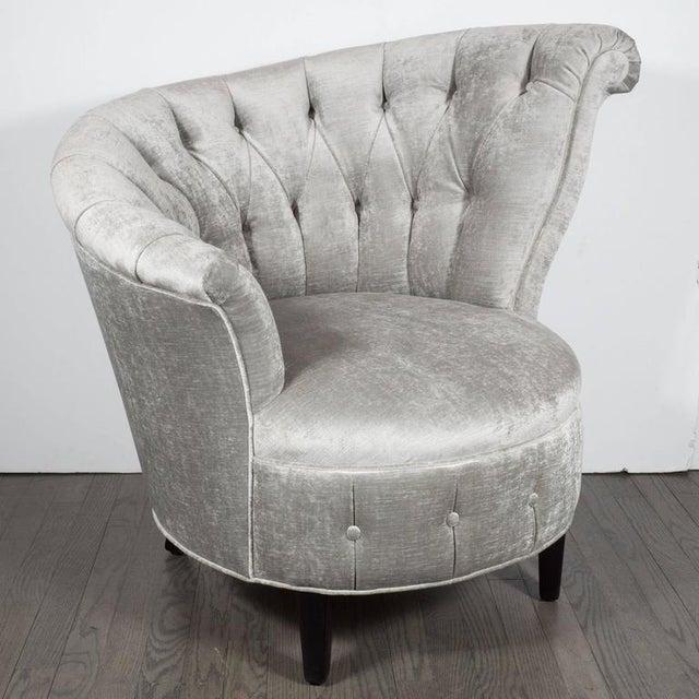 Textile 1940s Hollywood Regency Asymmetrical Tufted Chair in Platinum Velvet For Sale - Image 7 of 11