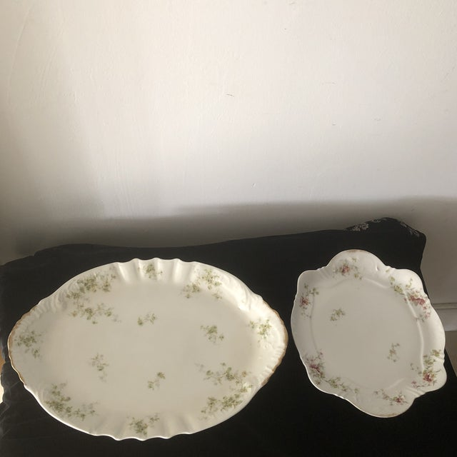 French 1940s French Haviland China Holiday Platters - A Pair For Sale - Image 3 of 11
