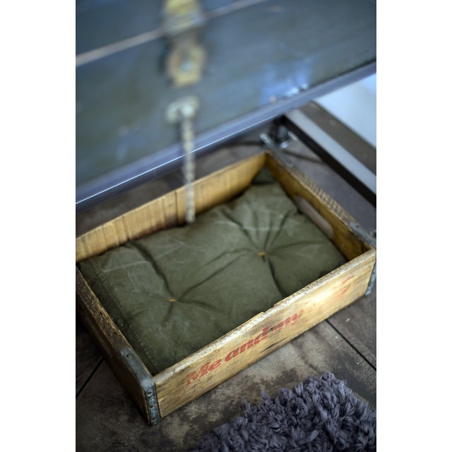 Vintage Soda Crate Pet Bed - Image 2 of 3