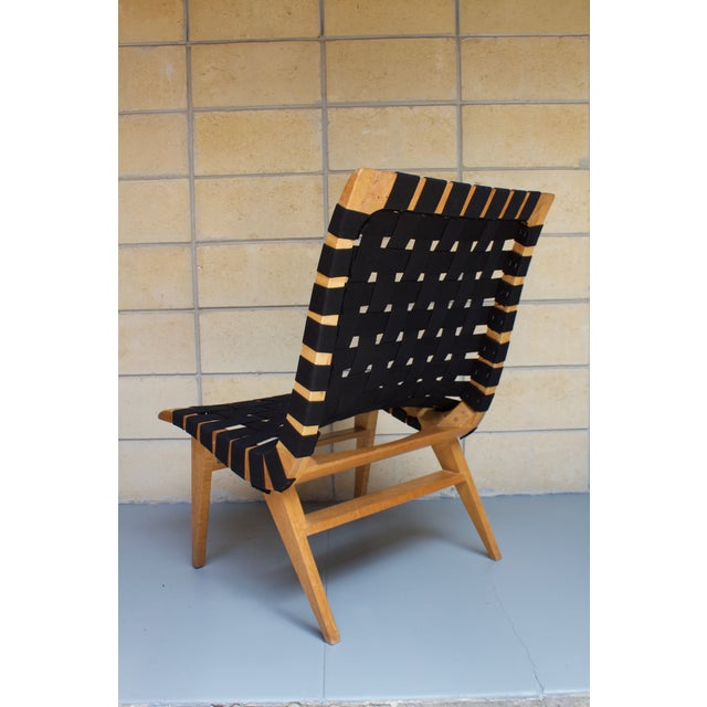 Jens Risom-Style Webbed Chair For Sale - Image 5 of 8