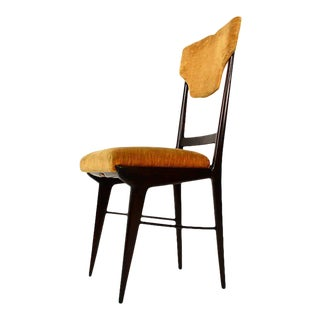 Mid Century Modern Set of Eight Elegant Italian Dining Chairs For Sale