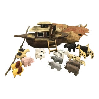 Early 20th Century Antique Wooden Noah's Ark Toy Set - 25 Pieces For Sale