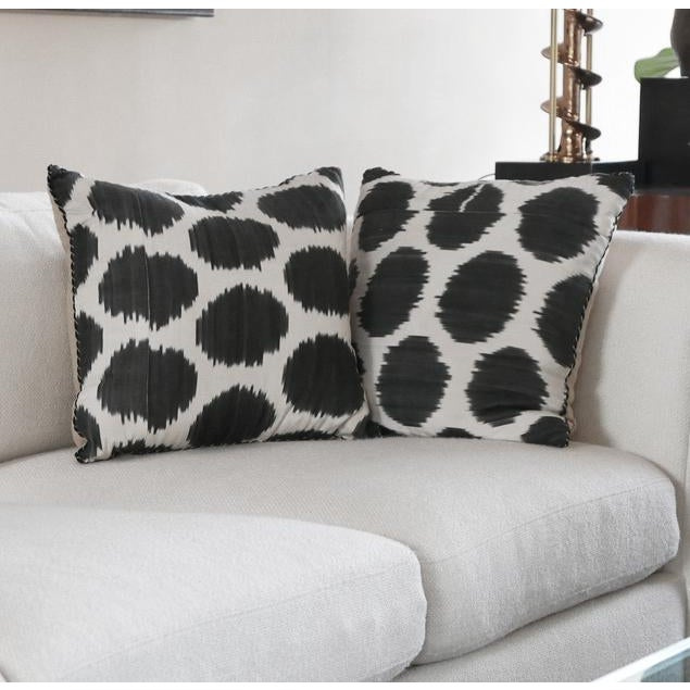 Madeline Weinrib draws upon her background as an artist to create her stunning textile designs. This pair of throw pillows...