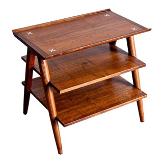1960s Mid-Century Modern American of Martinsville Side Table For Sale