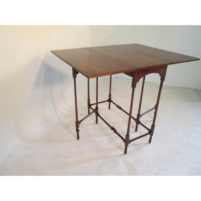 Traditional 1940s Traditional Baker Drop Leaf Mahogany End Table For Sale - Image 3 of 9