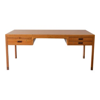 Elegant Desk by Ejner Larsen and Aksel Bender Madsen in Mahogany and Rosewood For Sale