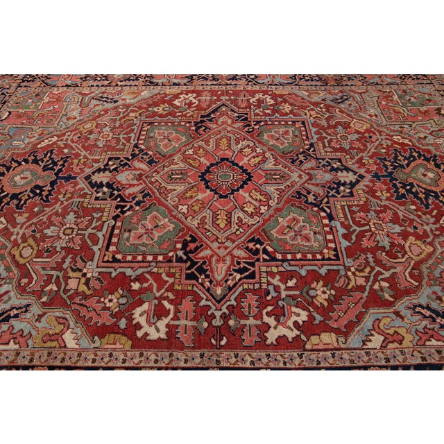 Early 20th Century Early 20th Century Antique Persian Heriz Wool Rug For Sale - Image 5 of 13