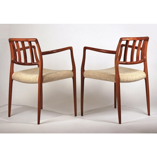 Mid-Century Modern Set of 10 Dining Chairs in East Indian Rosewood by Niels Otto Moller For Sale - Image 3 of 10