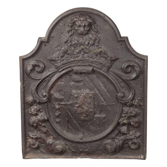Mid 18th Century Dutch Armorial Fireback with Lion's Head Motif and Crest on Arch Top Panel For Sale - Image 5 of 5