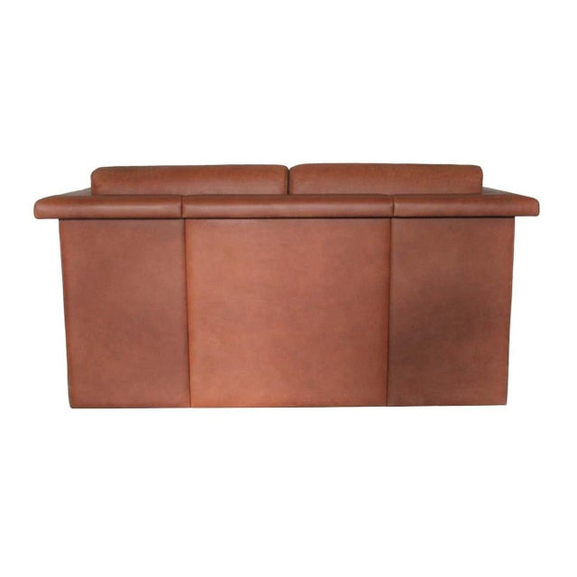 1980s Trix & Robert Haussmann for Knoll Tan Brown Saddle 2-Seat Sofa For Sale In Dallas - Image 6 of 8