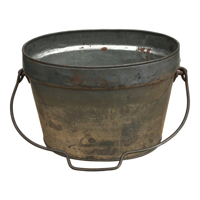 Vintage Oval Tin Bucket With Iron Handle For Sale