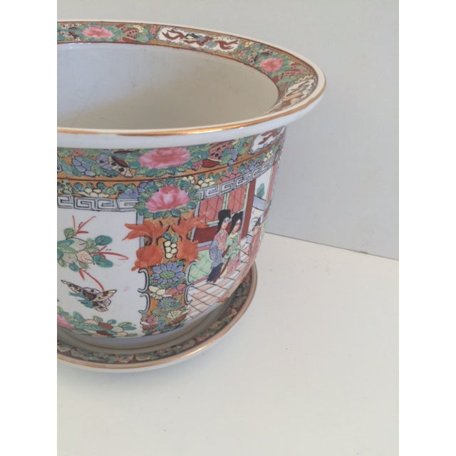 Asian Style Rose Medallion Cachepot For Sale - Image 4 of 6
