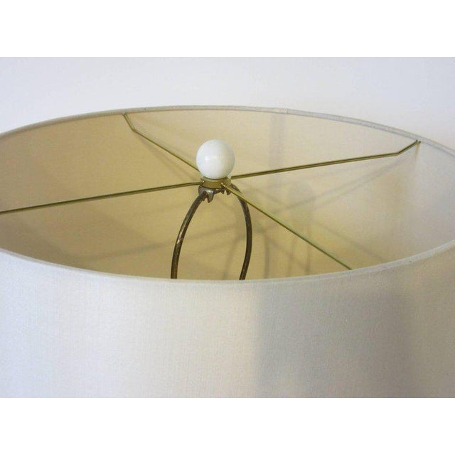 1970s Lacquered Wood and Brass Table Lamp For Sale In Cincinnati - Image 6 of 7