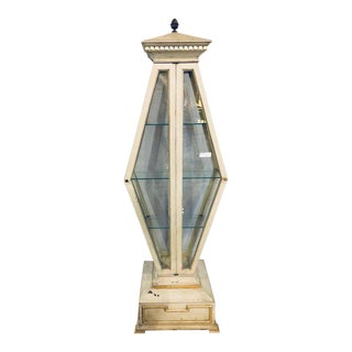 Mid-Century Modern Parcel-Gilt and Paint Decorated Pyramid Shaped Vitrine For Sale