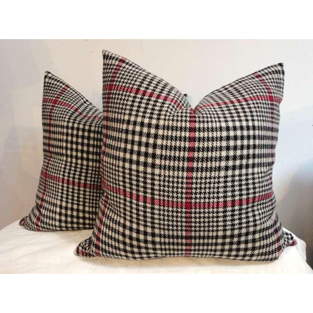 Amazing black and white wool plaid Pendleton hounds tooth pillows. This wonderful plaid pattern has black cotton linen...
