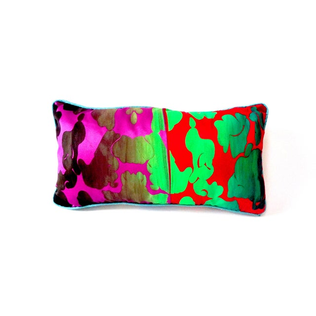 Oblong Camo Pillow With William Morris Back - Image 2 of 4