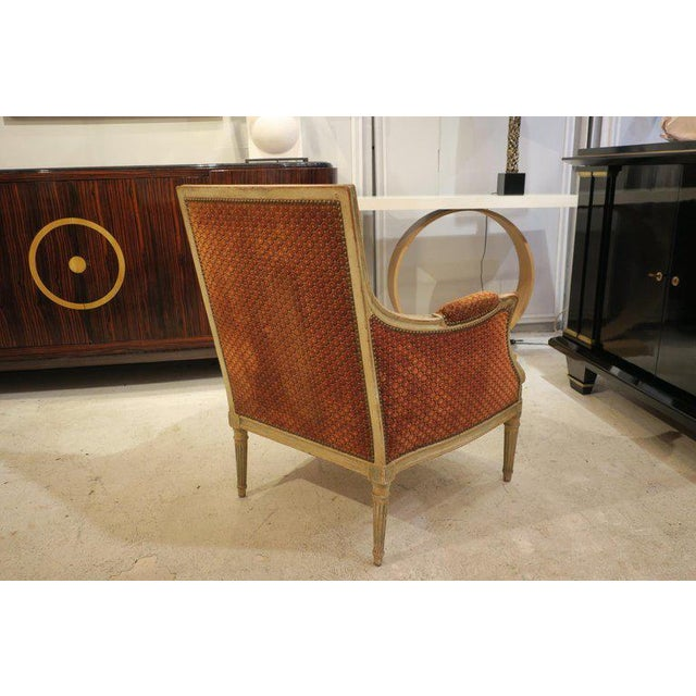 Pair of French Late 18th Century Louis XVI Bergères For Sale In New York - Image 6 of 10