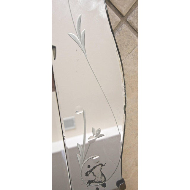 1930s Art Deco Scalloped Etched Wall Mirror For Sale - Image 4 of 11