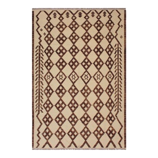 Contemporary Marcelin Ivory/Brown Hand-Woven Kilim Wool Rug - 5'11 X 8'4 For Sale