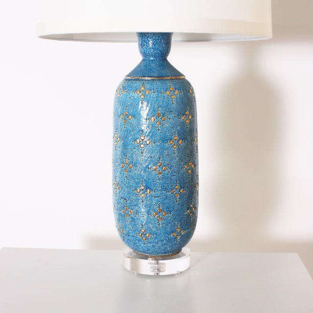 1960s Blue Marbro Ceramic Lamp, C. 1960 With Shade For Sale - Image 5 of 8