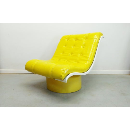 1970s Vintage Decorian Modern Yellow Vinyl Wave Scoop Chair For Sale - Image 9 of 9