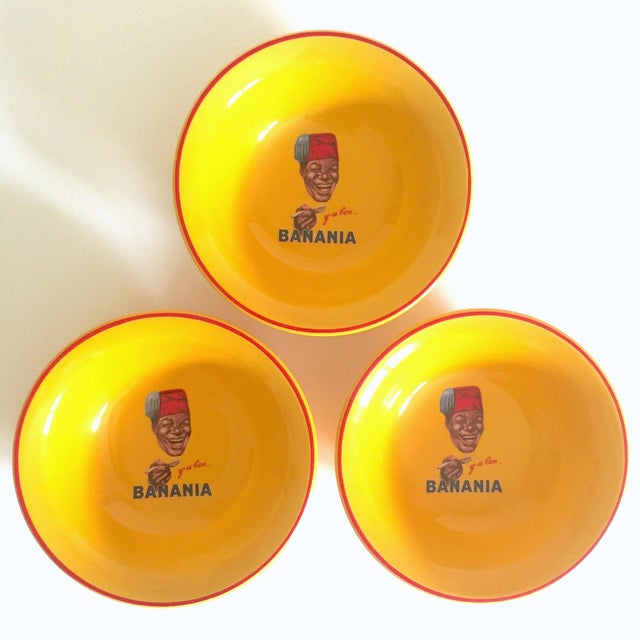 "Various Artists "" Banania "" Jars France Editions Clouet Rare Vintage Yellow Ceramic Bowls - Set of 3 For Sale - Image 4 of 13"