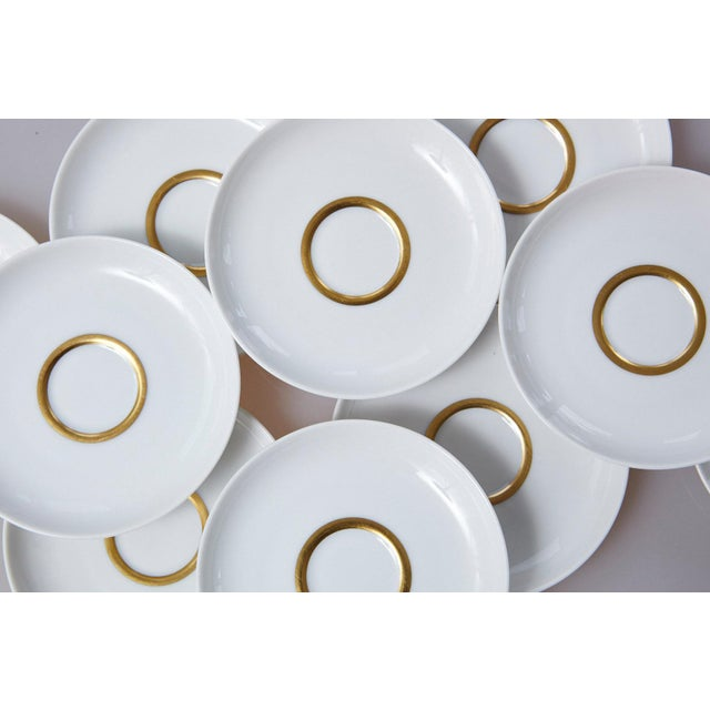 Mid-Century Modern Set of 10 White and Gold Fürstenberg Porcelain Demitasse Cups & Saucers, Germany For Sale - Image 3 of 13