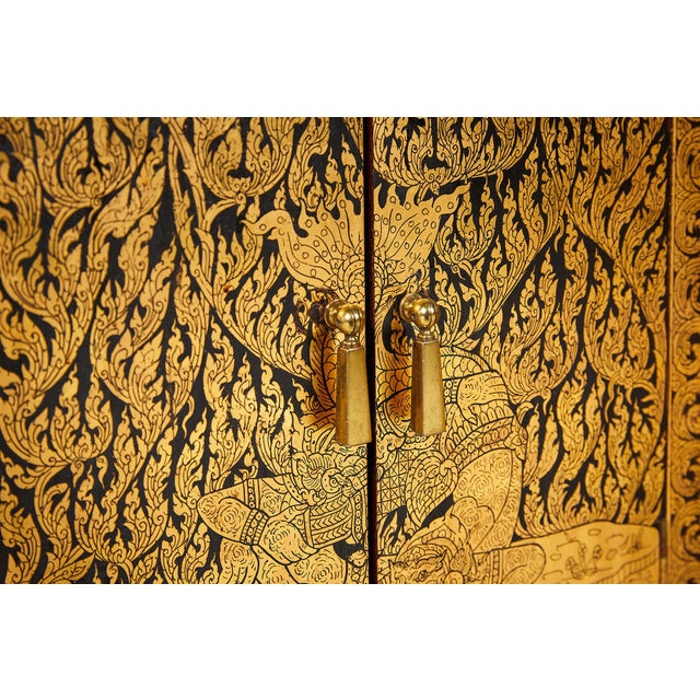 Pair of Thai Manuscript Cabinets of Lacquer and Gold Leaf, 20th Century For Sale - Image 9 of 13
