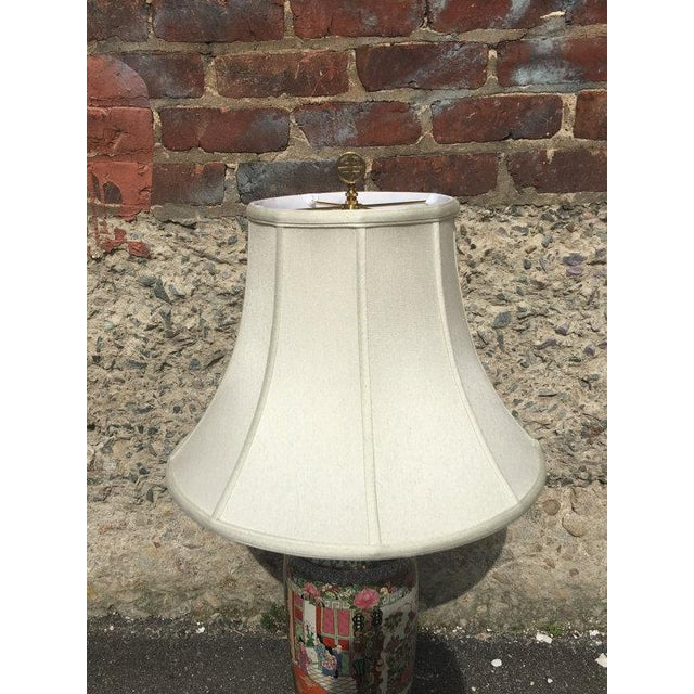 Vintage Chinoiserie Hand-Painted Accent Lamp - Image 5 of 6