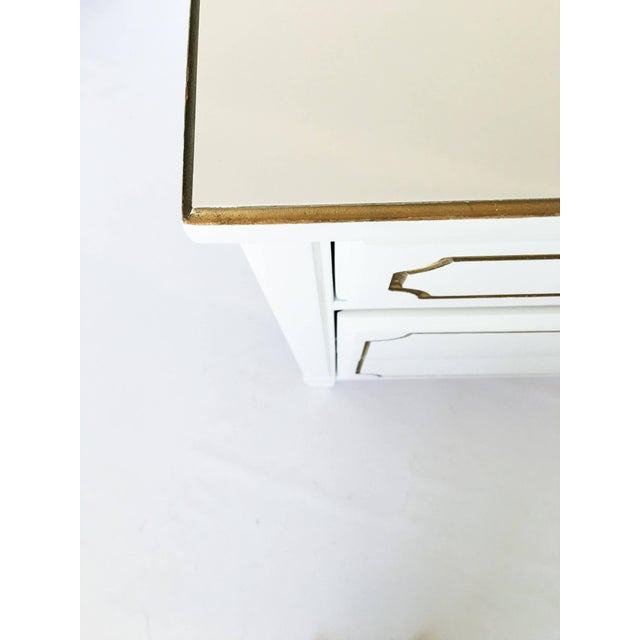 White Pair Lacquered French Regency Bachelor Nightstands For Sale - Image 8 of 10
