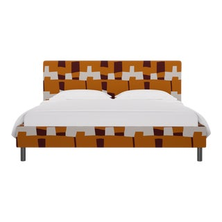 California King Tailored Platform Bed in Spice Quilt For Sale