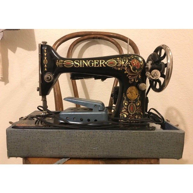 1910 Antique Singer Sewing Machine and Carrying Case For Sale - Image 11 of 11