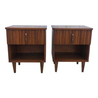 Mid Century Modern Single Drawer Nightstands With Brass Hardware - a Pair For Sale