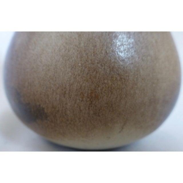 Gotek Pottery Colonia Tovar Venezuela Studio Signed Bud Vase For Sale - Image 9 of 13