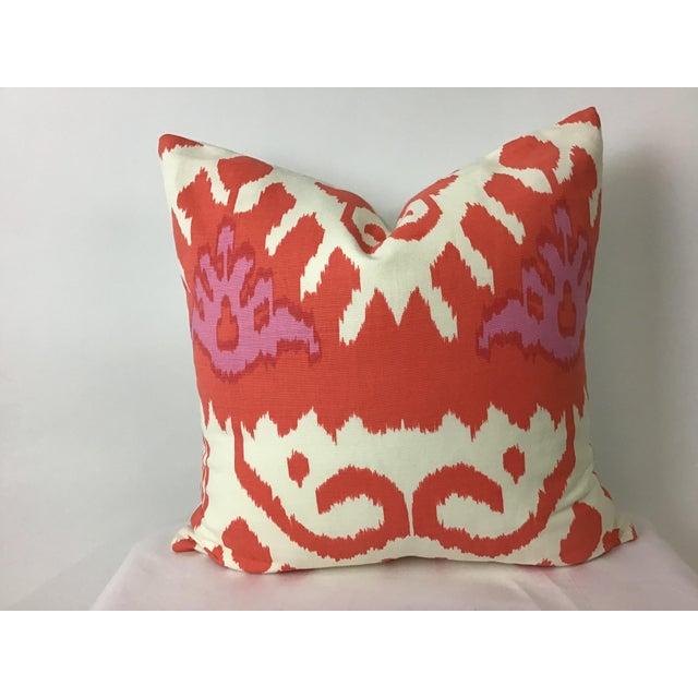 """Boho Chic 20""""x20"""" Designers Guild Cotton Printed Ikat Pillow in Orange and Pink For Sale - Image 4 of 4"""