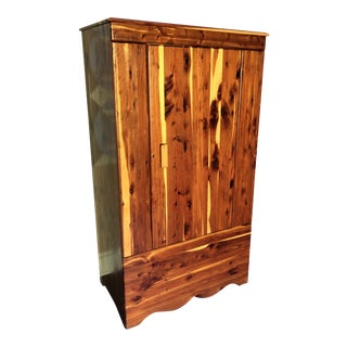 1940s Lodge Kincaid Solid Cedar Wardrobe Armoire For Sale