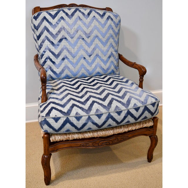 2010s Fremarc Design Robert Allen Modern Oversized Contemporary French Bergere Upholstered Club Lounge Chair& Ottoman in Blue / Grey Geometric Zebra Pattern For Sale - Image 5 of 12