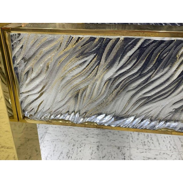 Metal Pair of Modern Italian Murano Glass and Brass End Tables For Sale - Image 7 of 9