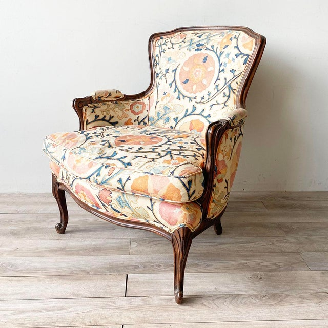 """French Louis XV Style Armchair and Ottoman in Brunschwig & Fils """"Dzhambul"""" Fabric For Sale - Image 3 of 8"""