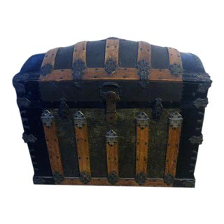 19th Century Antique Dome Top Trunk For Sale