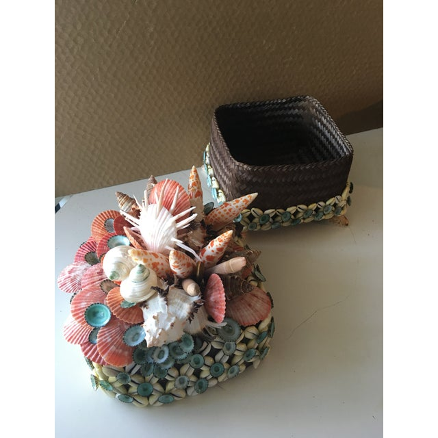 Nautical Shelled Tea Basket Box With Lid by Coquillage Artist For Sale - Image 3 of 5