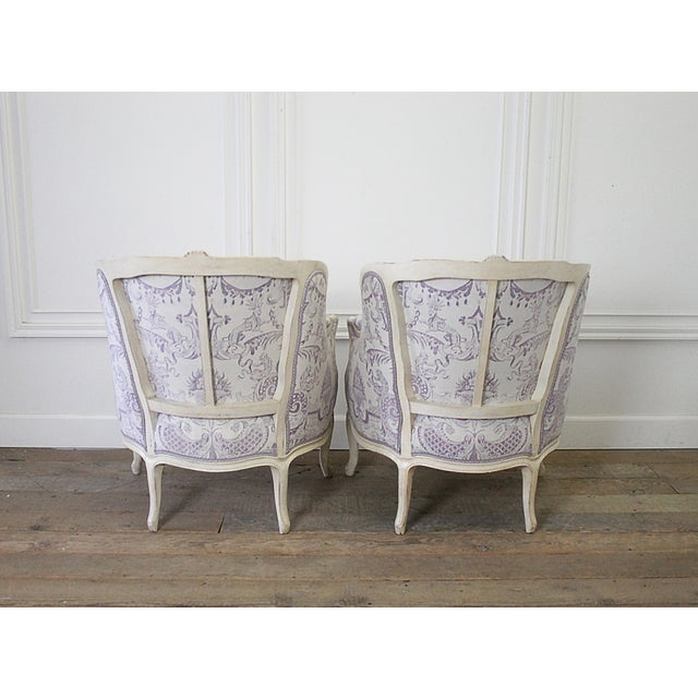Vintage 20th Century Painted French Louis XV Style Bergere Chairs- A Pair For Sale In Los Angeles - Image 6 of 13
